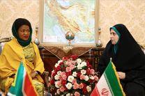 رییس فراکسیون زنان مجلس: زنان ایرانی برخلاف تبلیغات خارجی در تمام حوزه ها فعالیت دارند