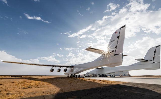 پرواز بزرگترین هواپیمای دنیا