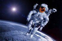 با چکمههای ارتعاشی فضانوردان حفظ تعادل می کنند
