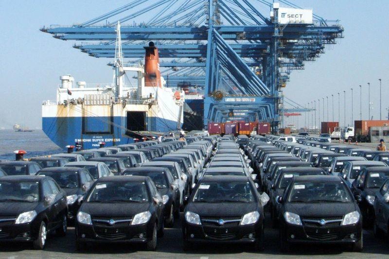 عملیات ترخیص ۴۵۰۰ خودرو ثبت سفارش شده غیر قانونی، در گمرکات متوقف شد