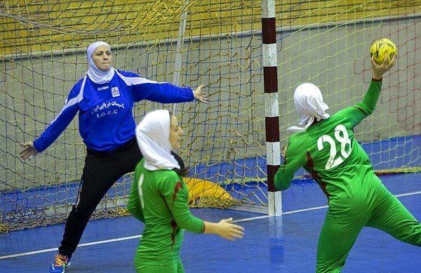 2 بانوی هندبالیست اصفهانی به تیم ملی دعوت شدند