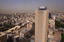 بازدید وزیر امور اقتصادی و دارایی از غرفه بسیج بانک صادرات ایران