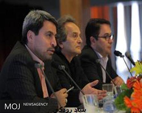آسیب پذیر بودن دولت در برابر فشارهای اقتصادی / شعار بازگشت عزت به پاسپورت ایرانی محقق نشد
