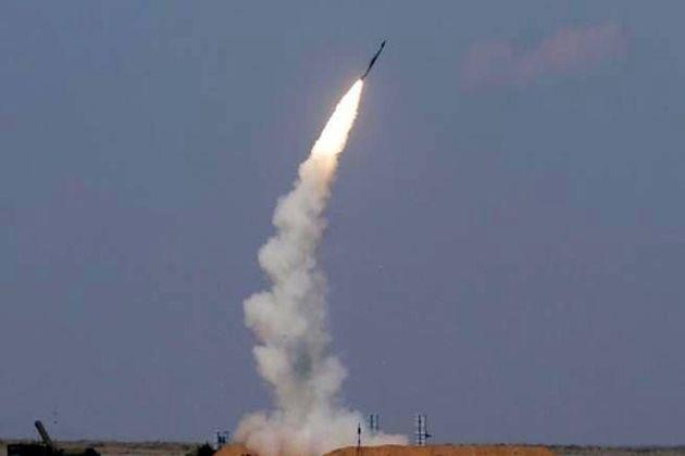 موشک بالستیک انصار الله یمن به پایگاه نظامی عربستان شلیک شد