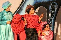 نمایش سیندرلا در بندرلنگه به روی صحنه رفت