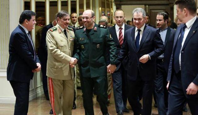نشست وزیران دفاع ایران، روسیه و سوریه در مسکو/ ادامه همگرایی تا نابودی تروریسم