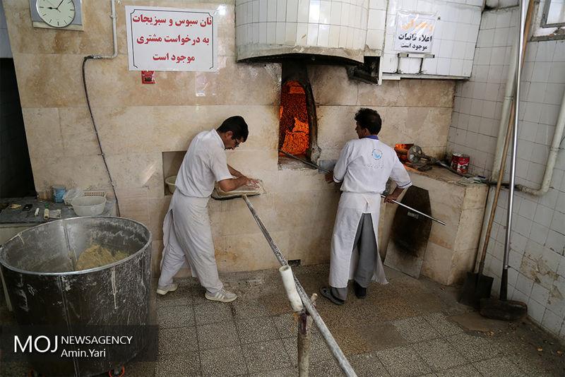 افزایش قیمت نان بیش از نرخ تورم/رفتار دوگانه دولت در تامین قوت مردم