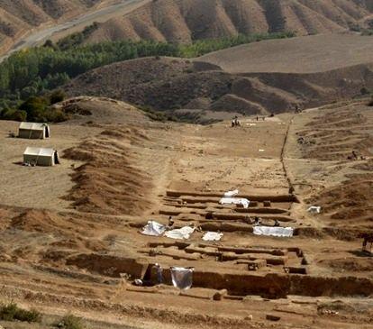 کشف آثار تاریخی دوره های اشکانی و ساسانی در پارسیان