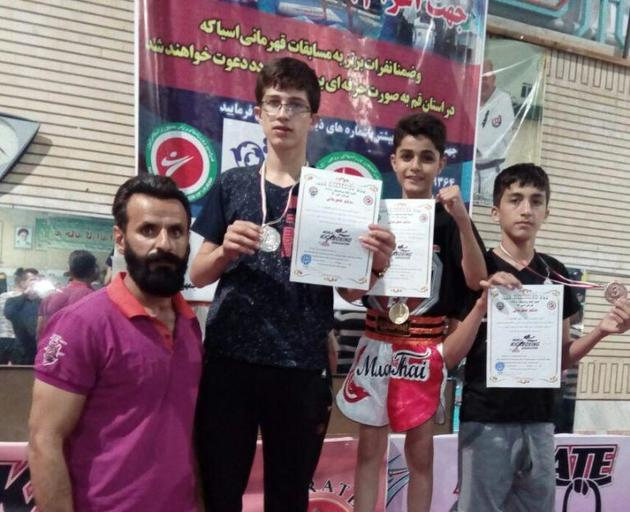 کیگ بوکسینگ کاران کردستانی سه نشان رنگارنگ  را درو کردند