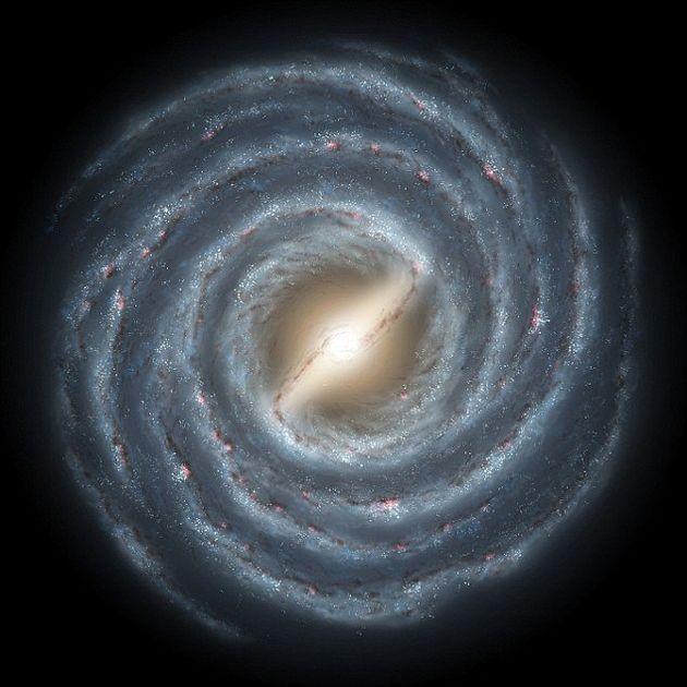 محور مرکزی کهکشان راه شیری تاب دارد