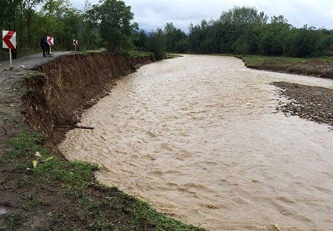 خسارت ۶۰ میلیارد ریالی سیل اخیر به جادههای آزادشهر