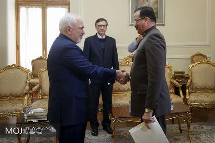 تقدیم رونوشت استوارنامه سفیر ونزوئلا به ظریف