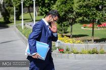 متهم شدن برای اصرار غیرقانونی/ وزیر جوان روی لبه تیغ راه می رود