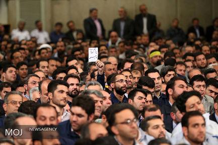 دیدار جمعی از کارگران با مقام معظم رهبری