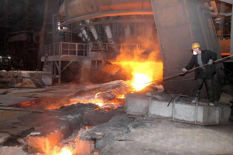 موفقیت تلاشگران ذوب آهن اصفهان در ثبت رکورد ماهانه تولید