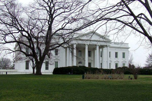 تهدید به بمبگذاری در نزدیکی کاخ سفید