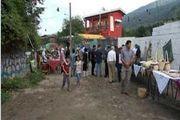 کوچه های روستا به رنگ هنر دستان روستاییان