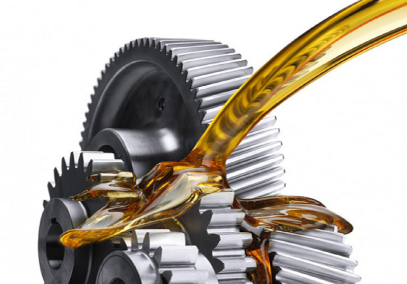 رشد ۳۱ درصدی توزیع روغن موتور در سال 97