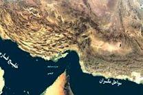 نجات 2 سرنشین قایق صیادی در آبهای دریای عمان