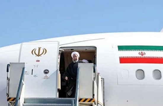 ورود رئیس جمهور به فرودگاه بین المللی بندرعباس