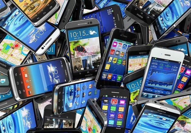 کشف بیش از 600 ملیون ریال گوشی تلفن همراه قاچاق در اصفهان