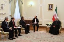 روحانی: تهران از گسترش همکاری ها با جاکارتا استقبال می کند