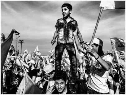 عکس برگزیده جشنواره عکس پراگ نصیب حزب الله شد