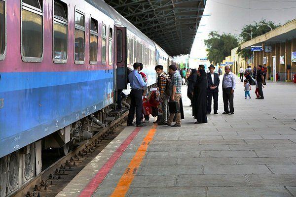 مسافران بین اهواز و منطقه آزاد اروند به صورت رایگان جابه جا می شوند