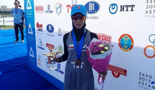 کسب مدال برنز قهرمانی آسیای میانه توسط بانوی سه گانه کار