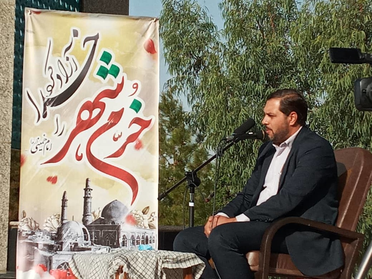 دشمنان شرط برداشتن تحریم ها را کاهش قدرت ایران در منطقه اعلام کردند