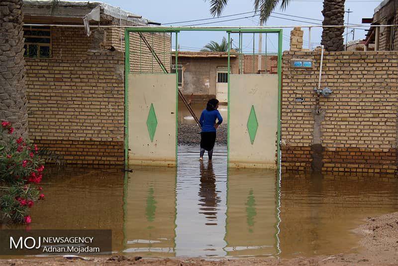 مسدود شدن مسیر ارتباطی ۴ روستای شهرستان سیریک در اثر سیل
