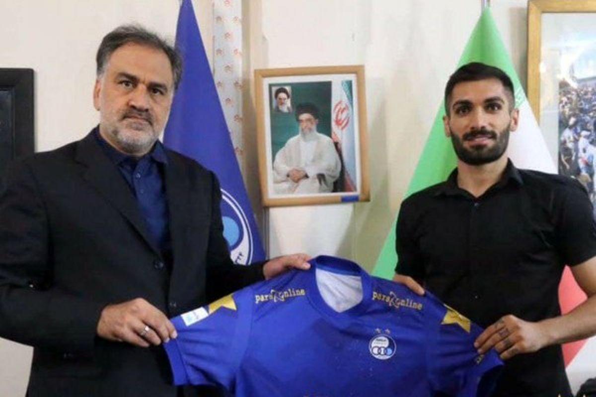 سومین خرید استقلال از خوزستان آمد