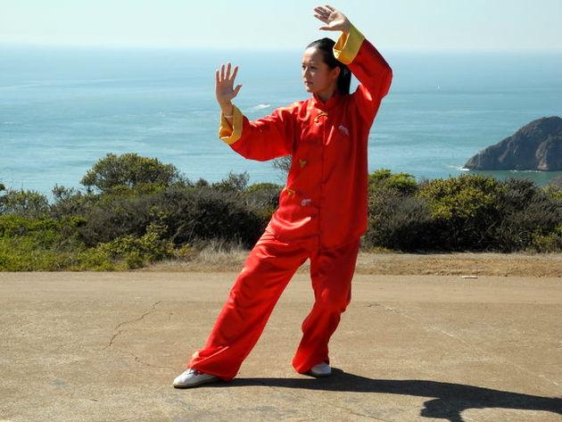 ورزش تایچی تعادل افراد سالمند را افزایش میدهد