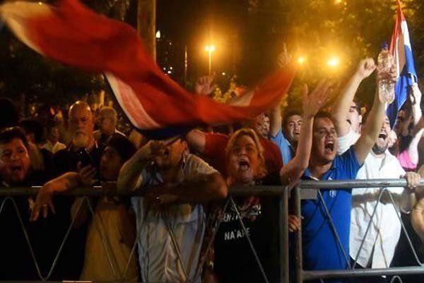 وزیر کشور پاراگوئه برکنار شد