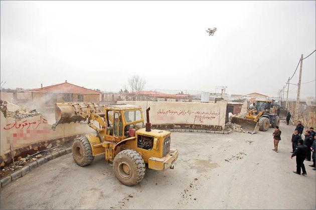 تخریب 1000ویلای غیر مجاز در حاشیه شهر مشهد