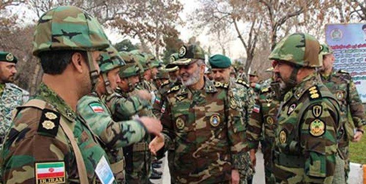 بازدید فرمانده کل ارتش از قرارگاه شمال شرق نزاجا
