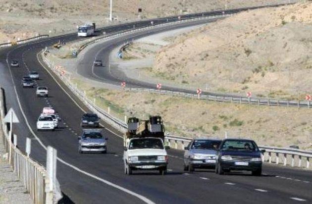 ترافیک روان و جو آرام در جاده های کشور
