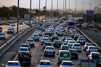 موج برگشت از سفرهای نوروزی آغاز نشد/ترافیک نیمه سنگین غرب تهران