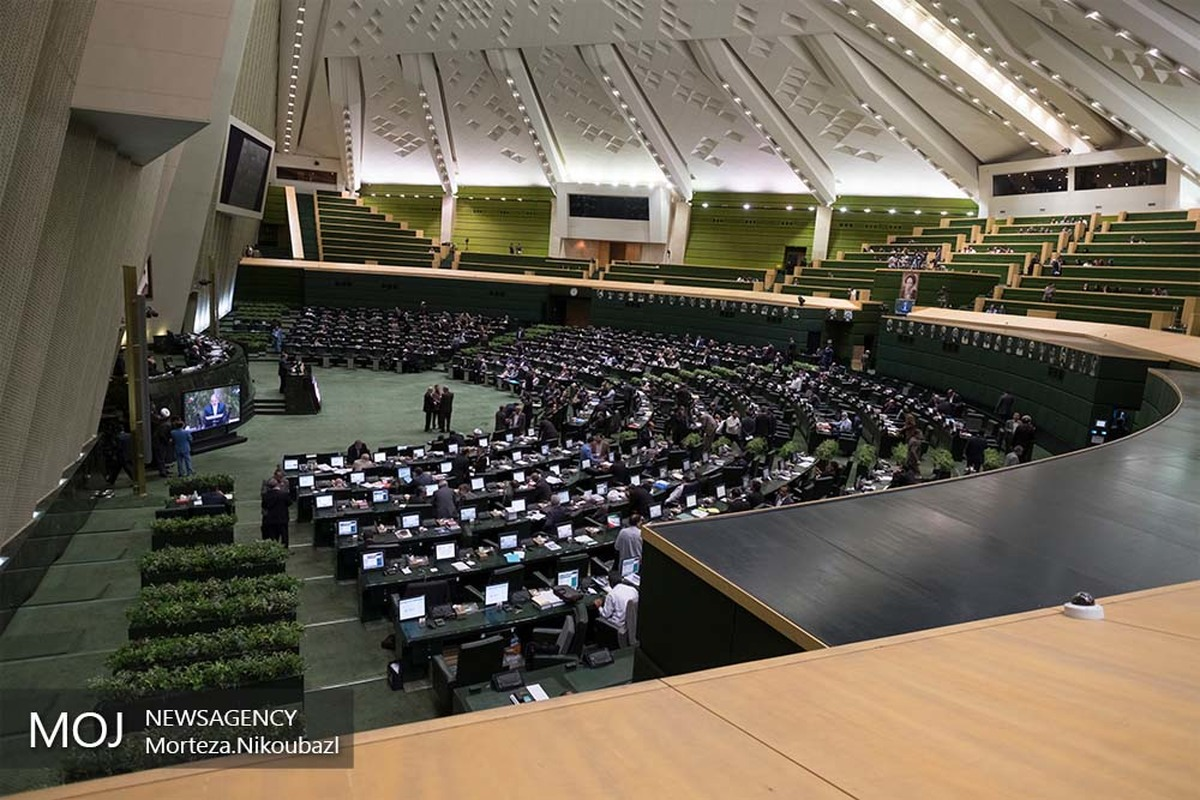 اعلام دستور کار جلسات هفته جاری مجلس/ آذری جهرمی و حاجی میرزایی به مجلس می روند