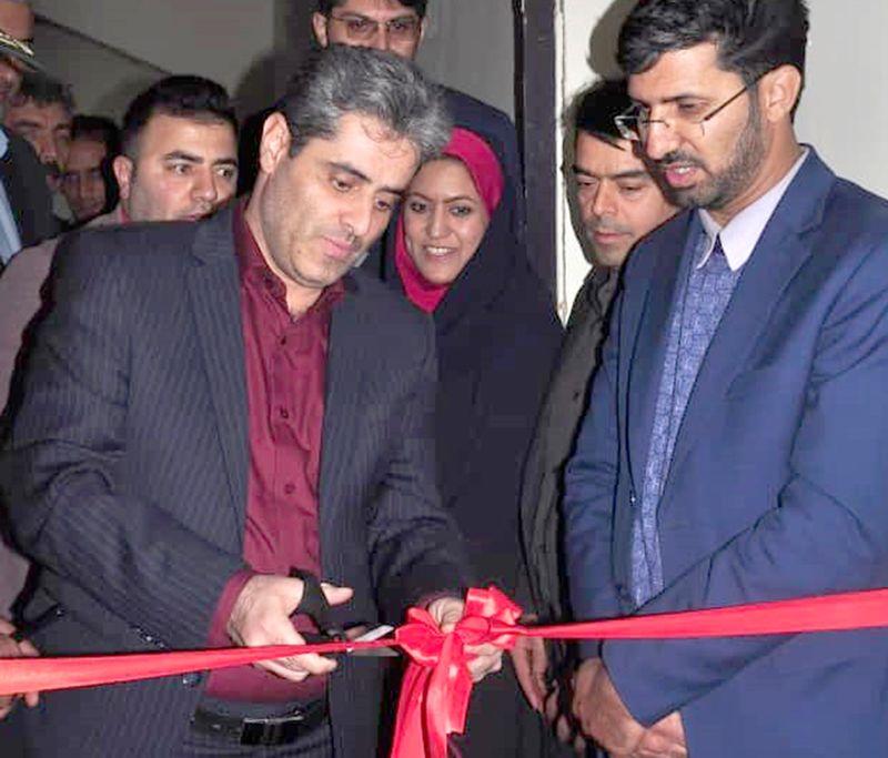 نمایشگاه چهل ستون امید در مرکز زینبیه اصفهان افتتاح شد