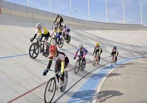 قهرمانی رکاب زنان تیم هرمزگان در لیگ دوچرخه سواری بانوان