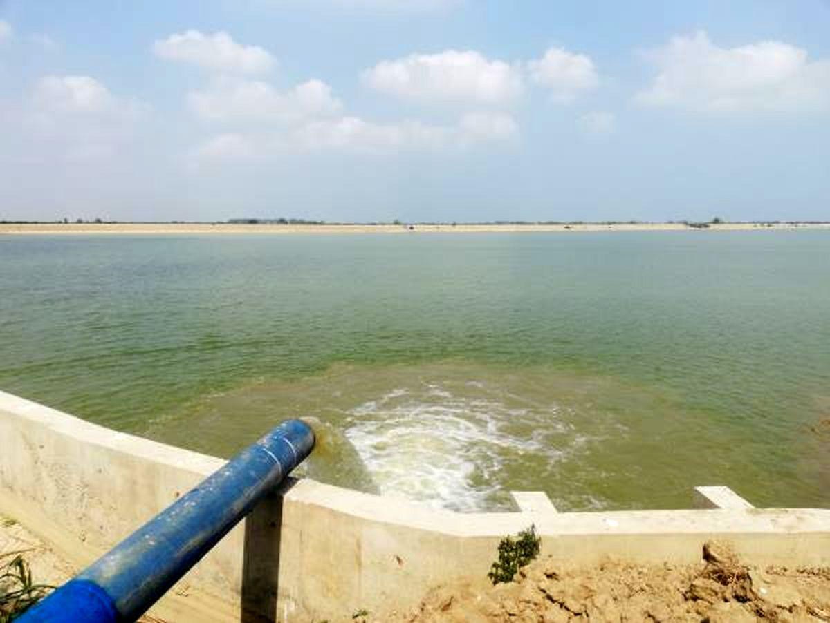 بهره برداری از آب بندان 63 هکتاری در میاندورود