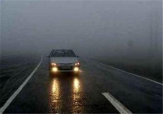 بارش شدید باران در مازندران/تردد در تمامی محورها عادی و روان است