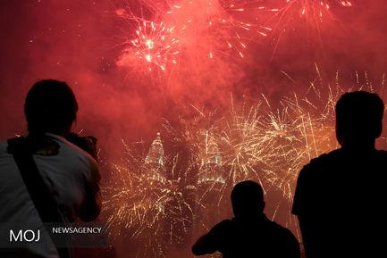 جشن آغاز سال نو میلادی در سراسر جهان
