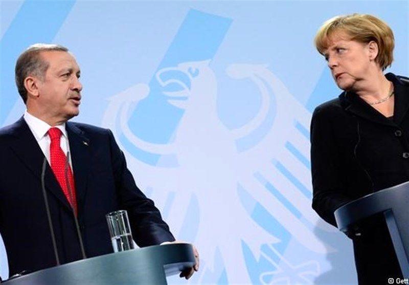 حمله مرکل به سیاست های اردوغان