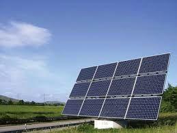 هر ۱۰۰۰ مگاوات برق خورشیدی ۳۰۰۰ تا ۴۰۰۰ نفر را مشغول به کار می کند