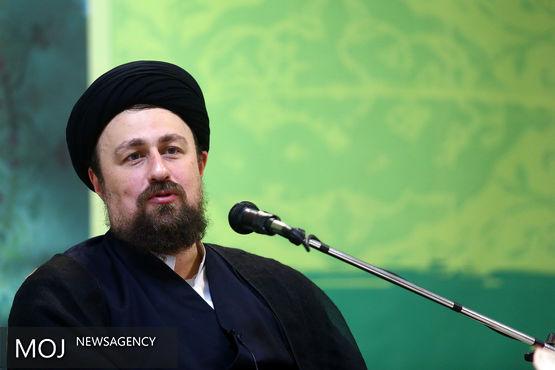 تفاوت امام با عالمان و سیاستمداران دیگر، برخورداری از جوهره «شجاعت» بود