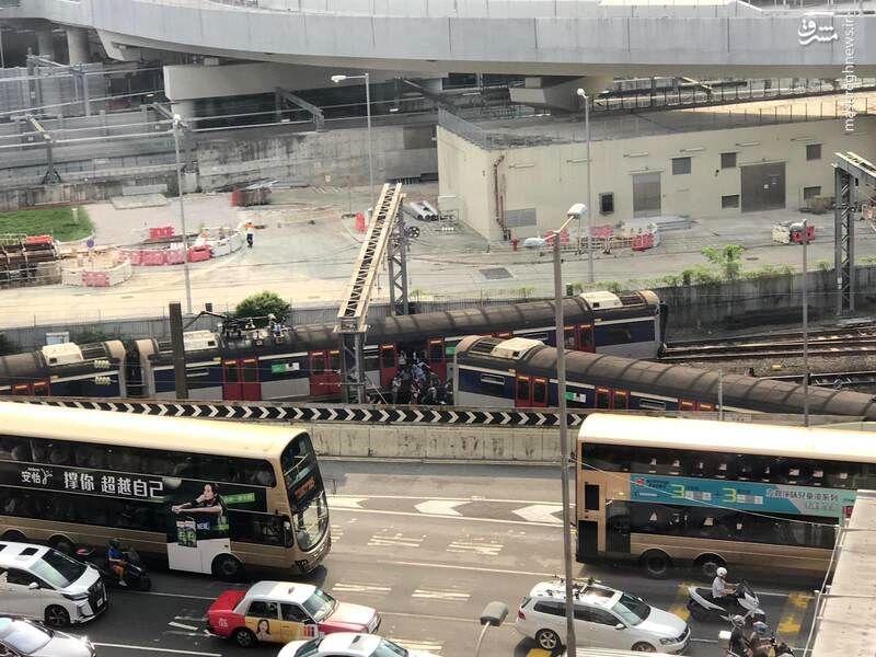 خارج شدن قطار از ریل در هنگ کنگ، 8 مجروح برجا گذاشت