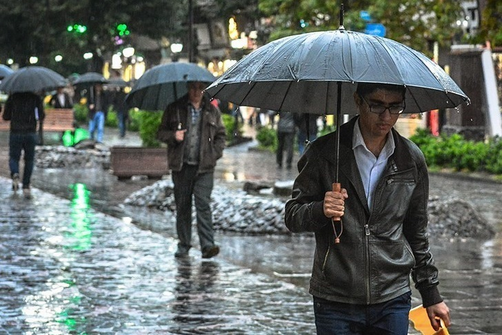هوای کرمانشاه تا آخر هفته بارانی و سرد میشود