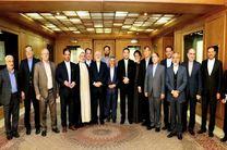 ظریف با جمعی از اعضای کمیسیون امنیت ملی و سیاست خارجی مجلس دیدار کرد
